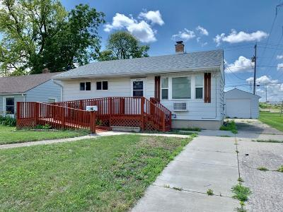 Kenosha Single Family Home Active Contingent With Offer: 4416 31st Ave