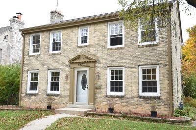 Milwaukee County Single Family Home For Sale: 4406 N Wildwood Ave