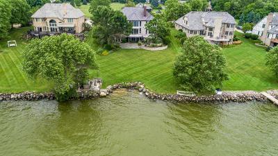 Oconomowoc Single Family Home For Sale: 270 Monastery Hill Dr