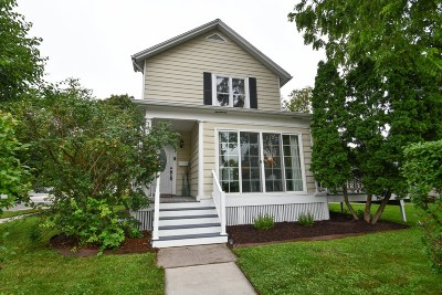 Oconomowoc Single Family Home Active Contingent With Offer: 244 W 2nd St