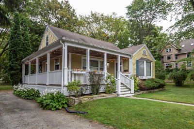Cedarburg Single Family Home For Sale: W64n743 Washington Ave