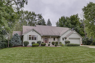 Brookfield WI Single Family Home For Sale: $465,000