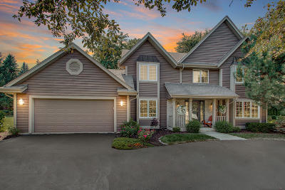 Greenfield Single Family Home Active Contingent With Offer: 4635 S River Ridge Blvd