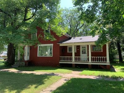 Menominee Single Family Home For Sale: 705 8th Ave