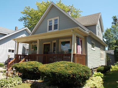 Kenosha Single Family Home For Sale: 7011 32nd Ave