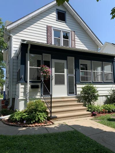 Watertown Single Family Home Active Contingent With Offer: 910 Western Ave