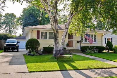 Kenosha Single Family Home For Sale: 7828 10th Ave