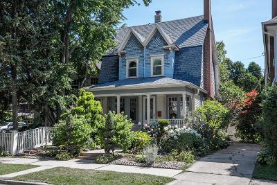 Milwaukee Single Family Home For Sale: 3224 N Marietta Ave