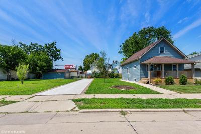 Kenosha Single Family Home Active Contingent With Offer: 5120 32nd Ave