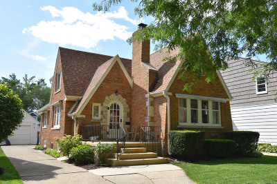 Single Family Home For Sale: 2445 N 84th St