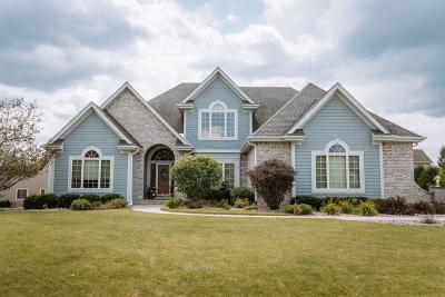 New Berlin Single Family Home For Sale: 13255 W Winterberry Way