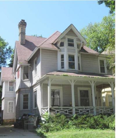 Milwaukee WI Two Family Home For Sale: $250,000