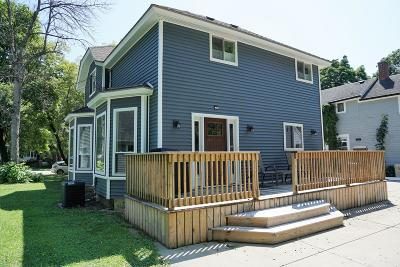 Oconomowoc Single Family Home Active Contingent With Offer: 314 S Silver Lake St