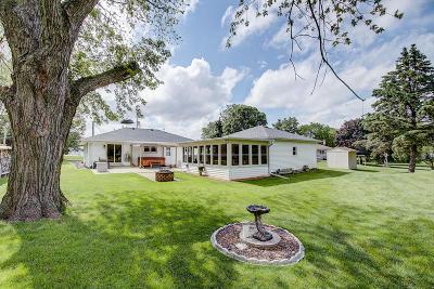 Racine County Single Family Home For Sale: 8549 Hwy V