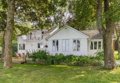 Mukwonago Single Family Home For Sale: S73w31466 Arbor Dr