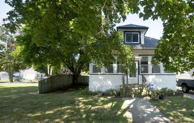 Kenosha Single Family Home For Sale: 7728 14th Ave