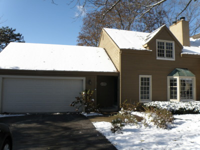 Brookfield Condo/Townhouse For Sale: 4055 Stonewood Ct