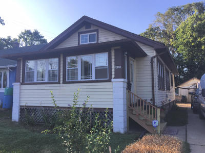Racine Single Family Home For Sale: 4020 19th St.