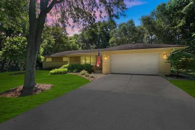 Brookfield Single Family Home For Sale: 14645 Cameron Dr Lowr
