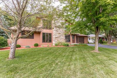 Sheboygan Falls Single Family Home For Sale: 748 Richardson Ave