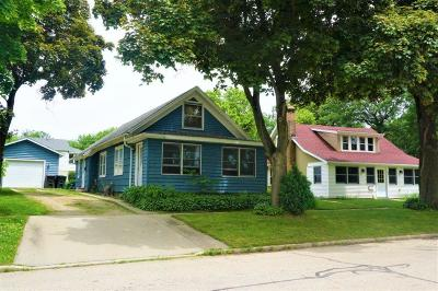 Walworth County Single Family Home For Sale: 307 Water St