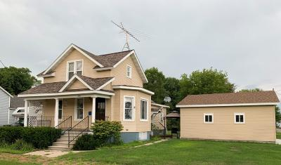 Menominee Single Family Home Active Contingent With Offer: 1500 29th Ave