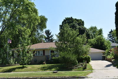 West Bend Single Family Home For Sale: 1509 N 11th Ave