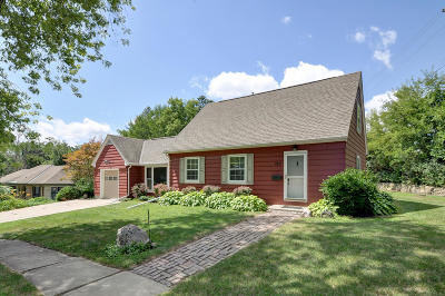 Racine County Single Family Home For Sale: 100 Riverview Dr