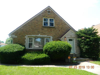 Milwaukee Single Family Home For Sale: 3139 N 80th St