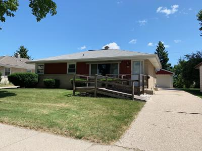 West Allis Single Family Home Active Contingent With Offer: 2608 S 94th St