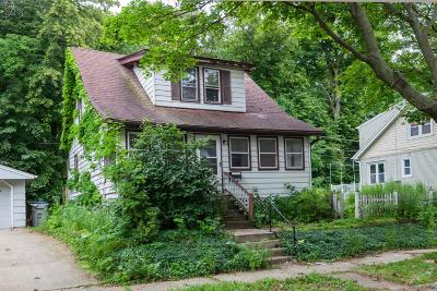 Single Family Home For Sale: 3348 S Illinois Ave