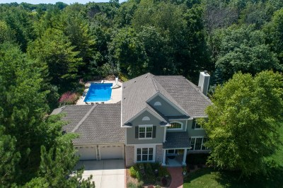 Slinger, Town Of Polk Single Family Home Active Contingent With Offer: 1595 Pine Cove Ct