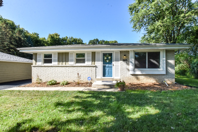 New Berlin Single Family Home Active Contingent With Offer: 3665 S Vogel Ct