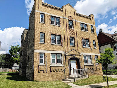 Milwaukee County Multi Family Home For Sale: 2726 W Clybourn St #2732