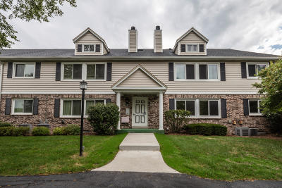Elm Grove Condo/Townhouse Active Contingent With Offer: 1168 Pilgrim Pkwy
