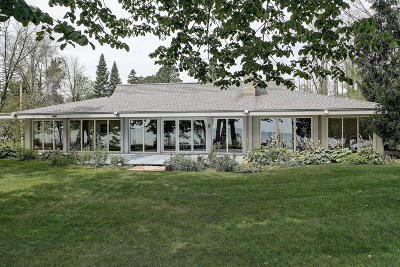 Belgium Single Family Home For Sale: 5110 Country Club Beach Rd