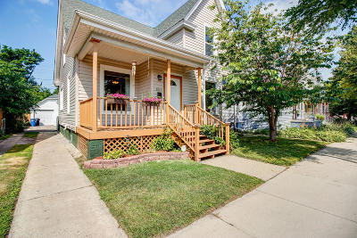 Racine County Single Family Home Active Contingent With Offer: 1612 Villa St Villa St