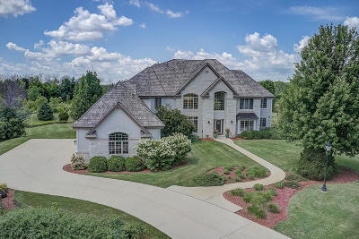 Ozaukee County Single Family Home For Sale: 12965 Birch Creek Rd