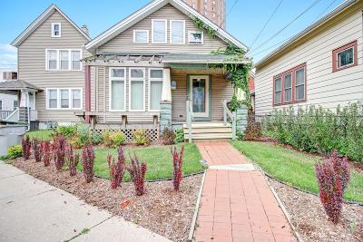 Milwaukee Single Family Home For Sale: 1625 N Warren Ave
