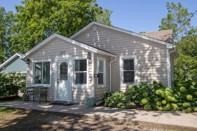 Pewaukee Single Family Home Active Contingent With Offer: 333 Prospect Ave