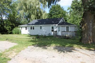 Delavan WI Single Family Home For Sale: $79,900