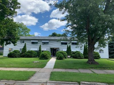 Menominee Multi Family Home For Sale: 1300 8th St