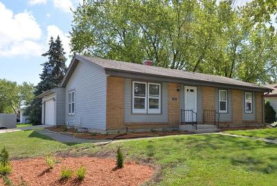 Racine Single Family Home For Sale: 3601 Clairmont St