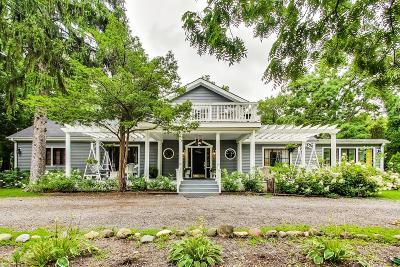Lake Geneva Single Family Home For Sale: 997 S Lake Shore Dr