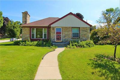 Single Family Home For Sale: 10603 W Wisconsin Ave