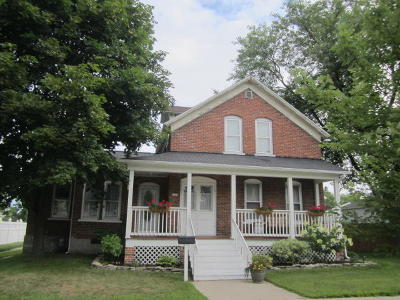 Menominee Single Family Home Active Contingent With Offer: 1312 14th Ave.