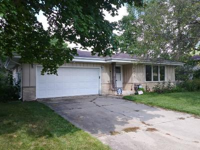 Milwaukee County Single Family Home For Sale: 8251 S Verdev Dr