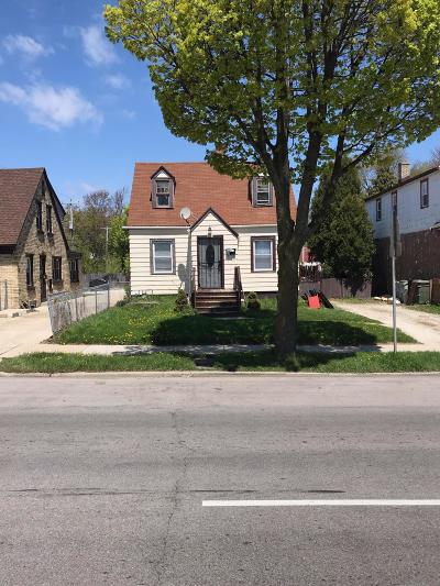 Milwaukee WI Single Family Home For Sale: $42,900