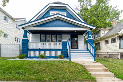 Milwaukee County Single Family Home For Sale: 4357 N 14th St