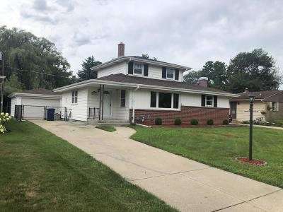 Racine County Single Family Home For Sale: 5403 Westmore Dr